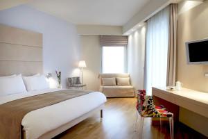 1224_Olympia-Hotel-Room-2